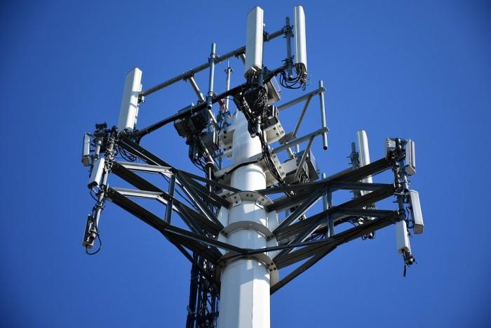 法国年底前部署5G网络 加拿大推迟到明年