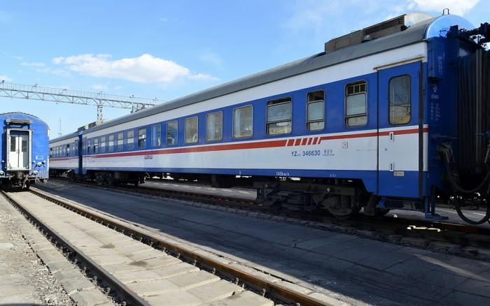 今日起彻底告别纸质火车票 全国普速铁路上线电子客票