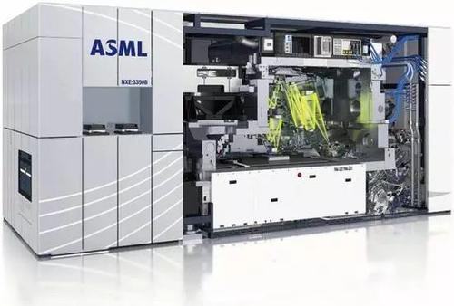 ASML披露数据:去年向中国市场共交付约140台光刻机