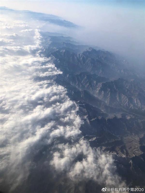 中国脊梁 秦岭一己之力阻挡沙尘暴南下